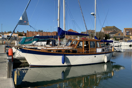 Nauticat 33 Motor-Sailer for sale in United Kingdom for £39,950