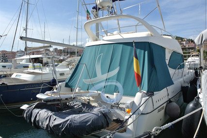 Prestige 36 for sale in Italy for €80,000 (£68,864)
