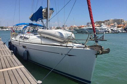 Jeanneau Sun Odyssey 39i for sale in Portugal for €94,000 (£83,637)