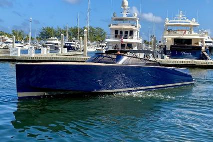 VanDutch 40 for sale in United States of America for $395,000 (£283,589)