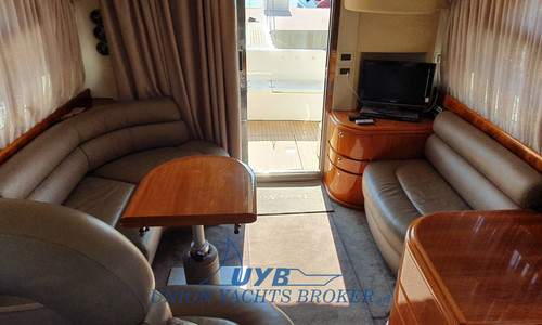 Image of Azimut Yachts 39 for sale in Italy for €123,000 (£106,234) Liguria, , Italy