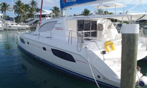 Image of Robertson and Caine Leopard 44 for sale in Bahamas for $385,000 (£288,898) Marsh Harbour, , Bahamas