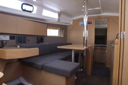 Beneteau Oceanis 35 for sale in United Kingdom for £115,000