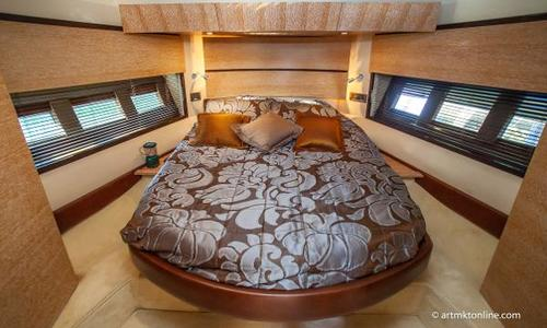 Image of Azimut Yachts 47 Flybridge for sale in United States of America for $475,000 (£340,380) Sunny Isles Beach, FL, United States of America