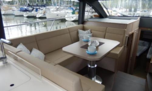 Image of Sealine F430 for sale in United Kingdom for £685,000 Chertsey, United Kingdom