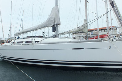 Beneteau First 35 for sale in Portugal for €98,000 (£87,152)