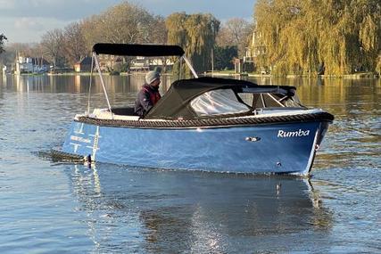 Corsiva 595 Tender for sale in United Kingdom for £19,000