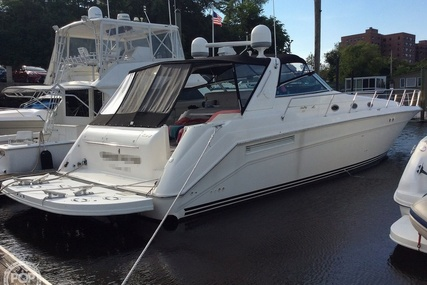 Sea Ray 500 Sundancer for sale in United States of America for $199,000 (£145,165)