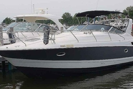 Silverton 361 Express for sale in United States of America for $77,800 (£55,715)