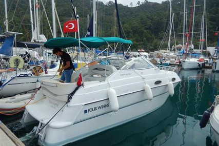 Four Winns Vista 258 for sale in Turkey for €29,000 (£26,062)