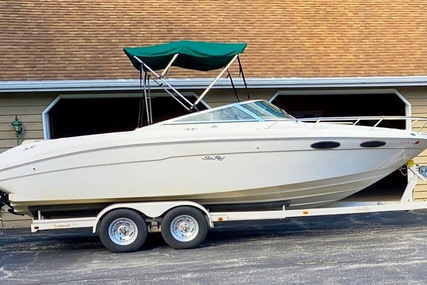 Sea Ray 230 Weekender Cuddy for sale in United States of America for $17,250 (£12,944)