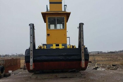 Custom 26 Push Tug for sale in United States of America for $167,000 (£119,768)