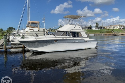 Silverton 34 C for sale in United States of America for $14,900 (£10,937)