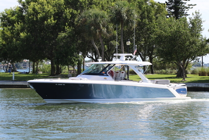 Tiara 38 LS for sale in United States of America for $495,000 (£363,751)