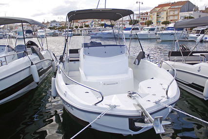 Beneteau Flyer 6.6 Spacedeck for sale in Spain for €42,980 (£38,065)