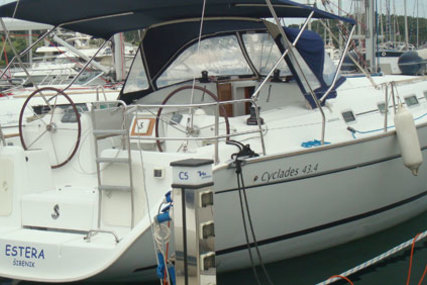 Beneteau Cyclades 43.4 for charter in Charente from €2,070 / week