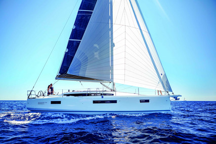 Jeanneau Sun Odyssey 410 for sale in France for €326,000 (£289,914)