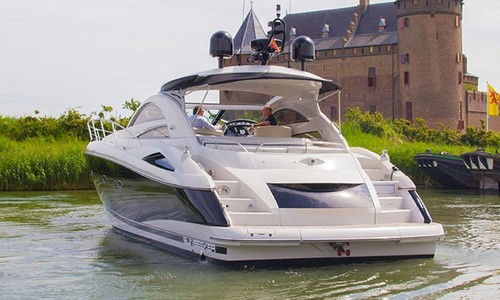 Image of Sunseeker Portofino 53 for sale in Netherlands for €425,000 (£366,838) Netherlands
