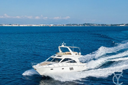 Sealine T50 for sale in France for €295,000 (£254,078)