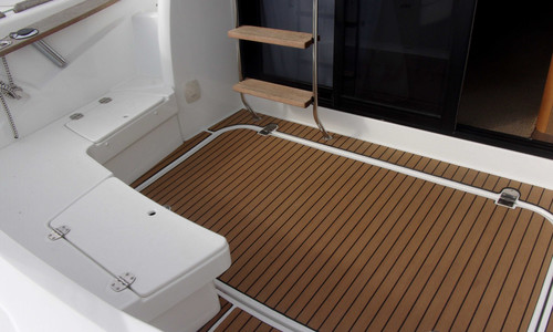 Image of Beneteau Antares 30 Fly for sale in France for €127,000 (£109,689) Lorient, , France