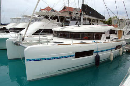 Lagoon 40 for sale in Sierra Leone for €367,000 (£324,833)