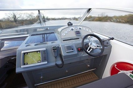 Haines 400 for sale in United Kingdom for £348,195