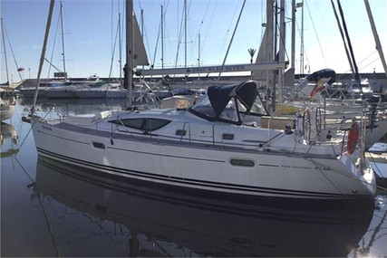 Jeanneau Sun Odyssey 42 DS for sale in Spain for €138,000 (£124,074)