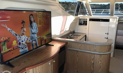 Image of Maxum 41 SCB for sale in United States of America for $166,000 (£120,811) Gloucester, Massachusetts, United States of America