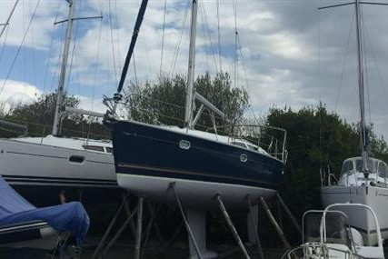 Jeanneau Sun Odyssey 40 for sale in Ireland for €89,900 (£77,646)