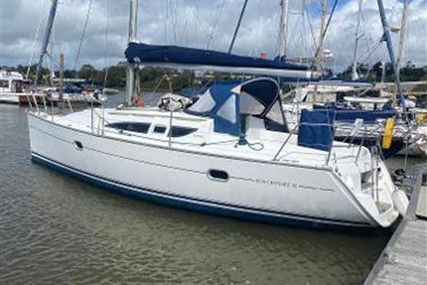 Jeanneau Sun Odyssey 32 for sale in Ireland for €44,950 (£39,055)