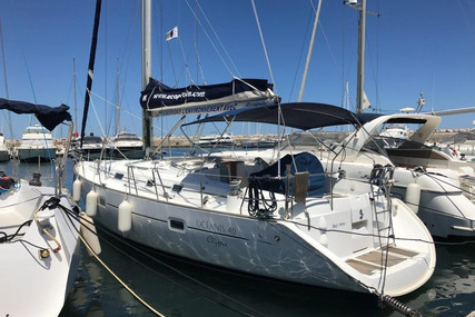 Beneteau Oceanis 411 for sale in France for €98,000 (£87,117)