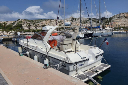 Princess 286 for sale in France for €39,500 (£34,962)