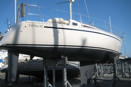 Dufour Yachts GIB SEA 92 for sale in France for €16,500 (£14,682)