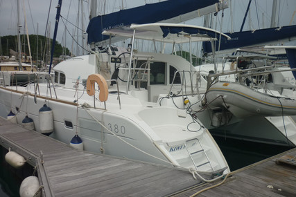 Lagoon 380 for sale in Martinique for €170,000 (£151,182)