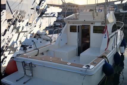 CAYMAN YACHTS 30 for sale in Italy for €59,900 (£52,001)