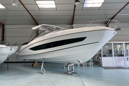 Beneteau FLYER 10 for sale in France for €220,000 (£189,893)