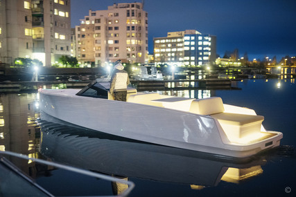 Q-Yachts Q30 for sale in United Kingdom for €183,000 (£157,786)