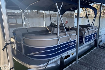 Sun Tracker 20 DLX Party Barge for sale in United States of America for $24,000 (£17,514)