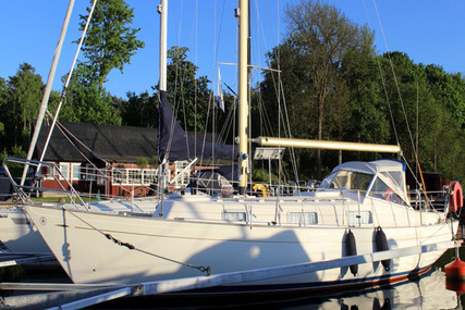 Hallberg-Rassy 31 Monsun for sale in Portugal for €30,000 (£26,693)