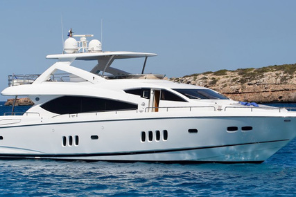 Sunseeker 86 Yacht for sale in Italy for €1,980,000 (£1,762,962)