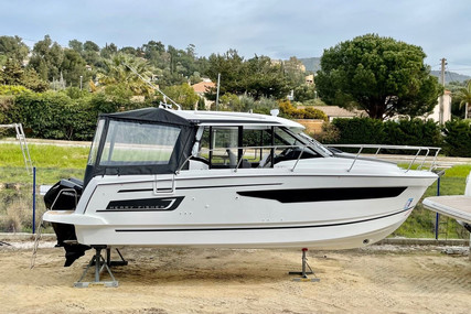 Jeanneau Merry Fisher 895 for sale in France for €149,000 (£131,960)