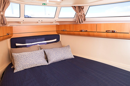 Seaway Greenline 33 for charter in Portugal from €2,250 / week
