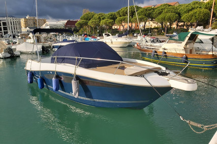 Jeanneau Cap Camarat 8.5 WA for sale in Italy for €69,900 (£62,200)