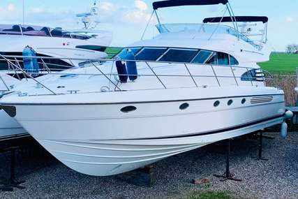 Fairline Squadron 55 for sale in United Kingdom for £199,950