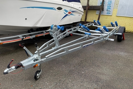 Excel Boats 1800kg roller trailer for sale in United Kingdom for £3,399