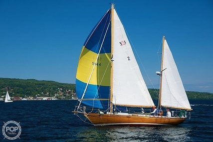 Acadia 33 for sale in United States of America for $37,900 (£27,217)
