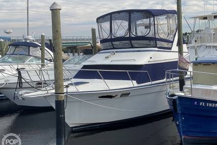 Tollycraft 30' Sport Cruiser for sale in United States of America for $25,500 (£18,677)