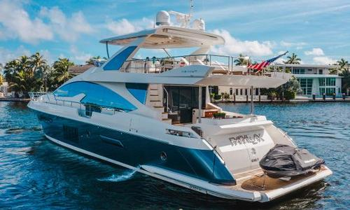 Image of Azimut Yachts Flybridge for sale in United States of America for $2,800,000 (£2,046,455) Miami, FL, United States of America