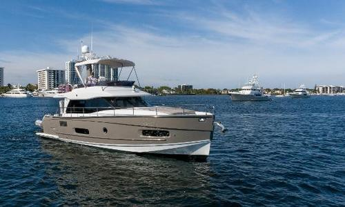 Image of Azimut Yachts Magellano 43 for sale in United States of America for $554,999 (£393,586) North Palm Beach, FL, United States of America