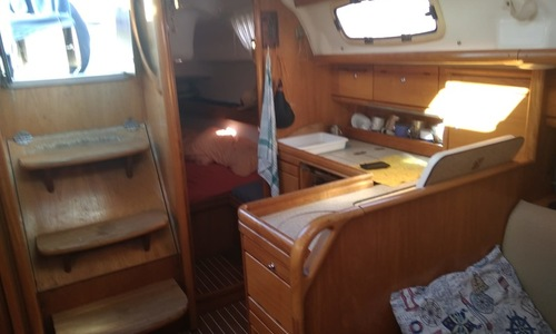 Image of Bavaria Yachts 33 Cruiser for sale in Spain for €45,000 (£39,012) Torrevieja, Spain